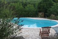 Zwembad vanaf de sauna gezien