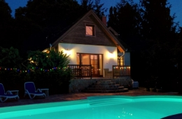 Villa Spa by night