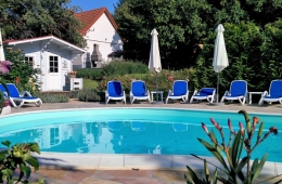 Zwembad, sauna en Villa Zala