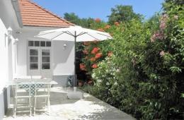 Villa Zala - terras en entree