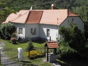 Villa Zala van bovenaf gezien